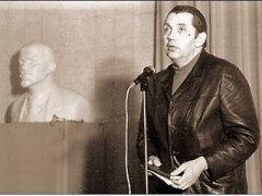 Роберт Рождественский, советсткий поэт, переводчик